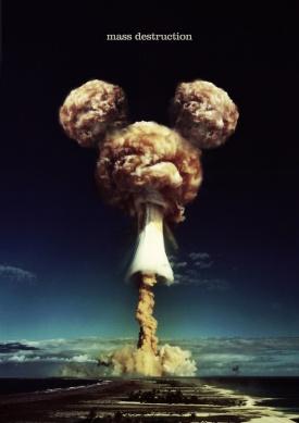 Destrucción Masiva / Mass Destruction - Por Coco Cerrella