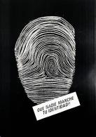 cárcel taller diseño social Coco Cerrella Social Design Poster Afiche Cartel